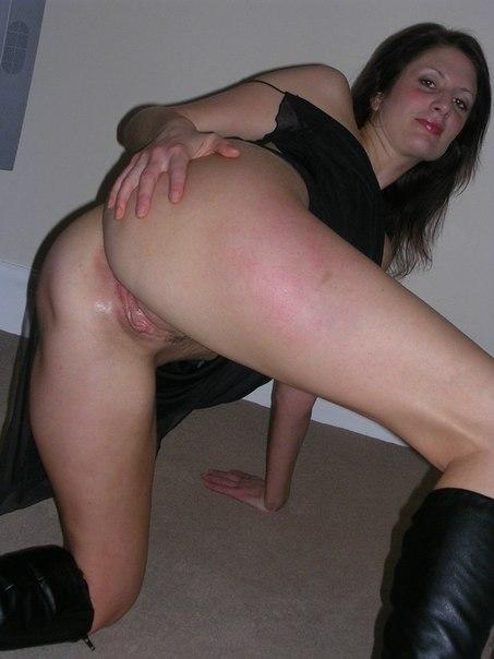 Шаловливая Соня показала себя порнофото. Порно шаловливый.